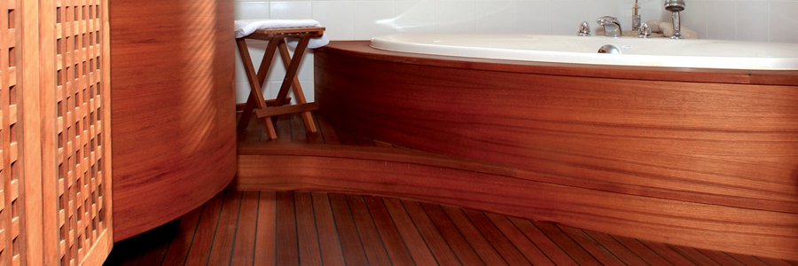 Projekt Parkett im Bad.