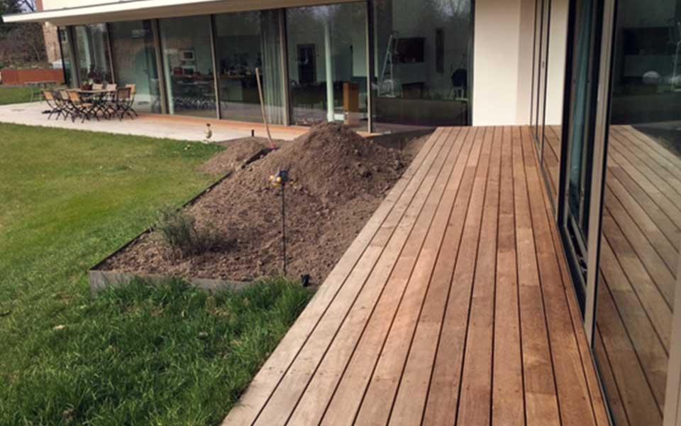 Teakholz terrasse  Terrassendielen in Premium Qualität. Teakholz-Plantage.